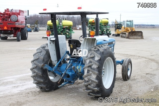 New Holland 5030 Tractor